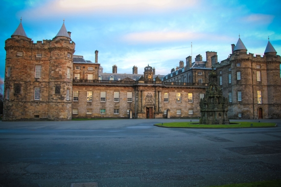 Edinburgh - Hollyrood House Palace