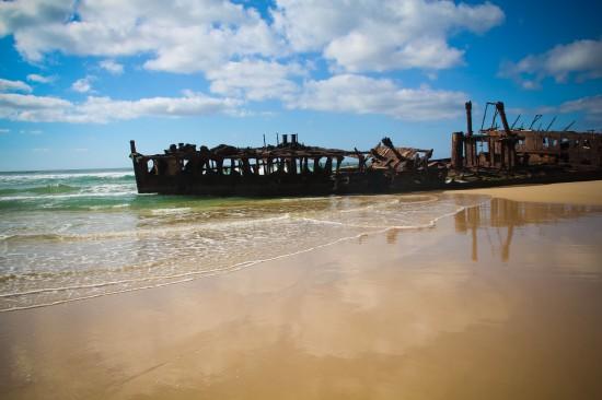 Fraser Island-Maheno Shipwreck