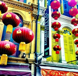 A Colourful Walk to Work: Chinatown, Singapore