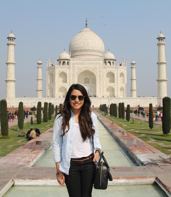 Agra Roop