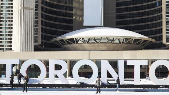 Toronto sign skating